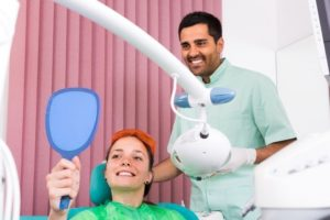 Contact dentist Bronx for dental emergency